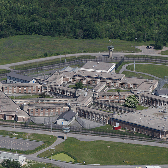 Government of Canada, Millhaven Penitentiary, Maximum Security Housing