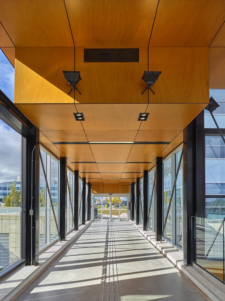 Sunny indoor bridge in BRT building