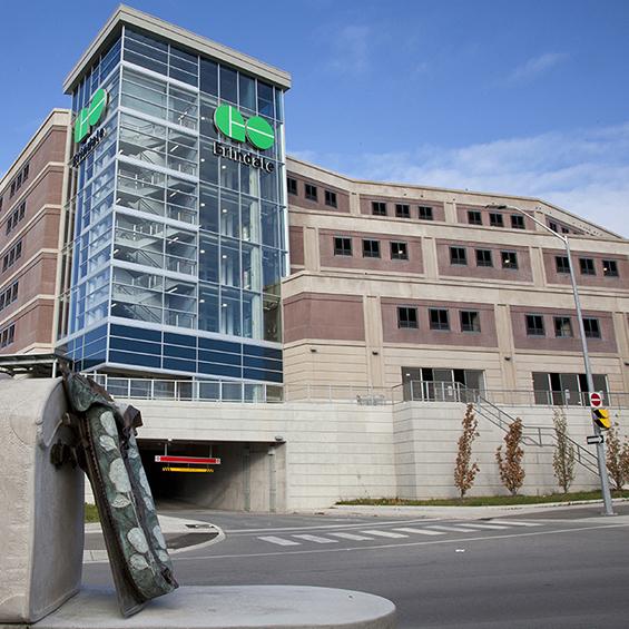 image of Erindale Go Transit Parking Structure